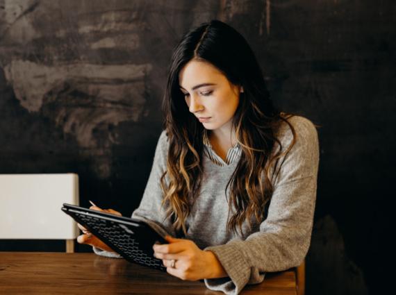 Benchmarking Digital Marketing in Higher Ed